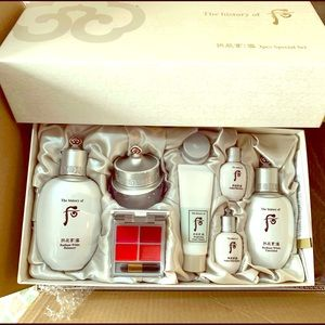The History Of Whoo Whitening Set ($450 Value)